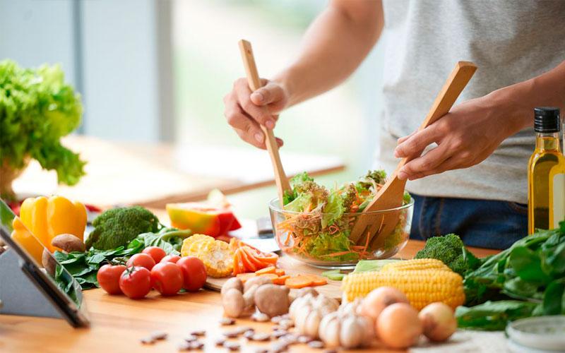 Que la temporada festiva no afecte tus hábitos alimenticios